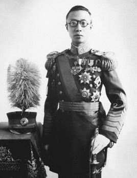 中国<a href=/tag/zuihouyigehuangdi/ target=_blank class=infotextkey>最后一个皇帝</a>是谁?